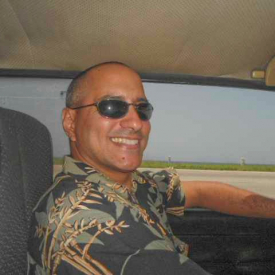 Alain Alvarez in his car | Cuba tour guide - Alain Alvarez